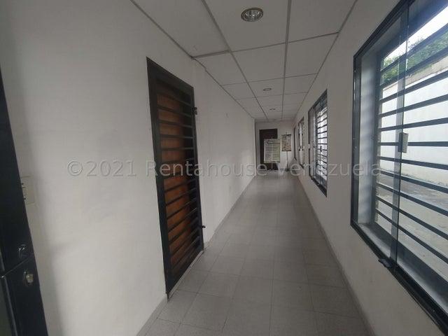 Oficina Lara>Cabudare>Centro - Alquiler:110 Precio Referencial - codigo: 21-25272