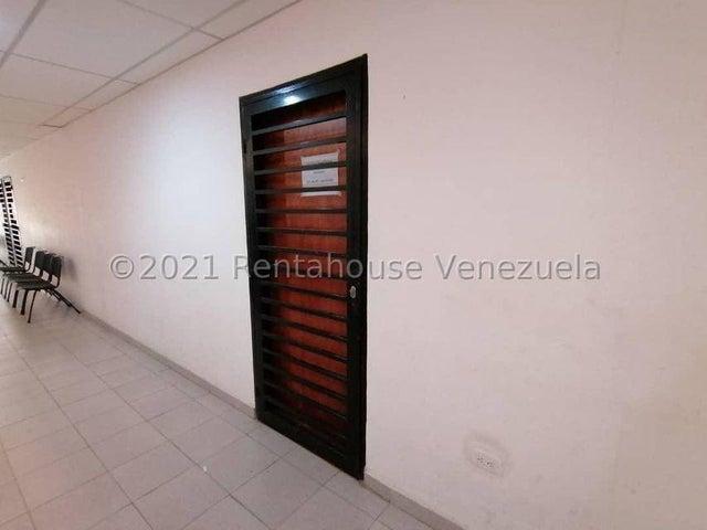 Oficina Lara>Cabudare>Centro - Alquiler:110 Precio Referencial - codigo: 21-25274