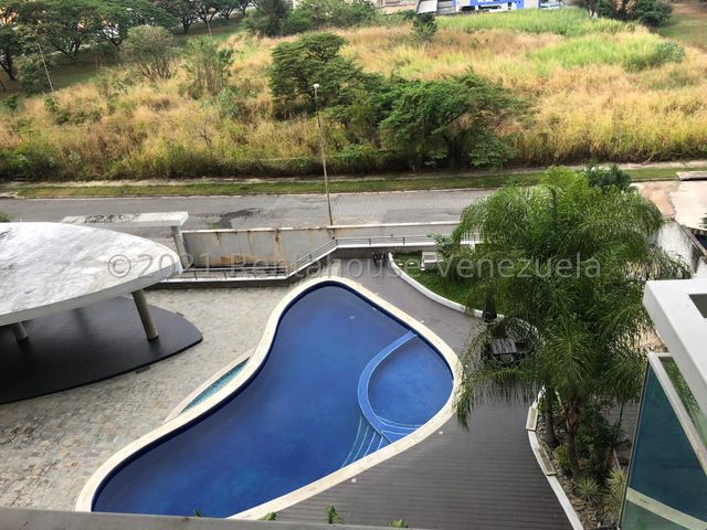 Apartamento Carabobo>Valencia>La Trigaleña - Venta:23.000 Precio Referencial - codigo: 21-5432