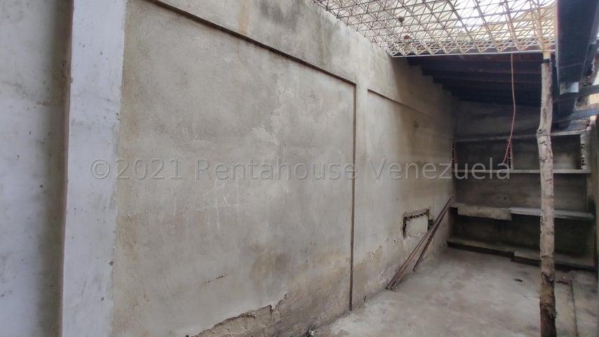 Casa Aragua>Maracay>Villas de Aragua - Venta:15.000 Precio Referencial - codigo: 21-25306