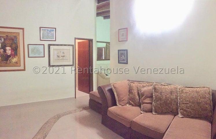 Casa Aragua>Maracay>Las Aves - Venta:60.000 Precio Referencial - codigo: 21-25312