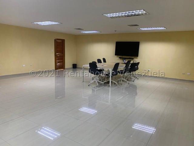 Local Comercial Zulia>Ciudad Ojeda>Intercomunal - Venta:350.000 Precio Referencial - codigo: 21-25245