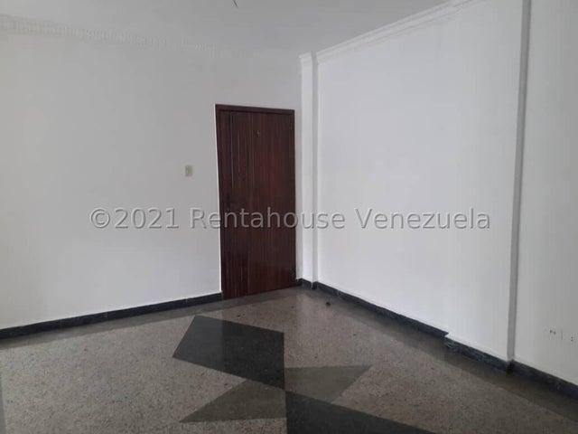 Apartamento Distrito Metropolitano>Caracas>Colinas de Bello Monte - Venta:45.000 Precio Referencial - codigo: 21-25326