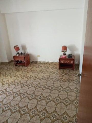 Apartamento Distrito Metropolitano>Caracas>El Paraiso - Venta:22.000 Precio Referencial - codigo: 21-25331