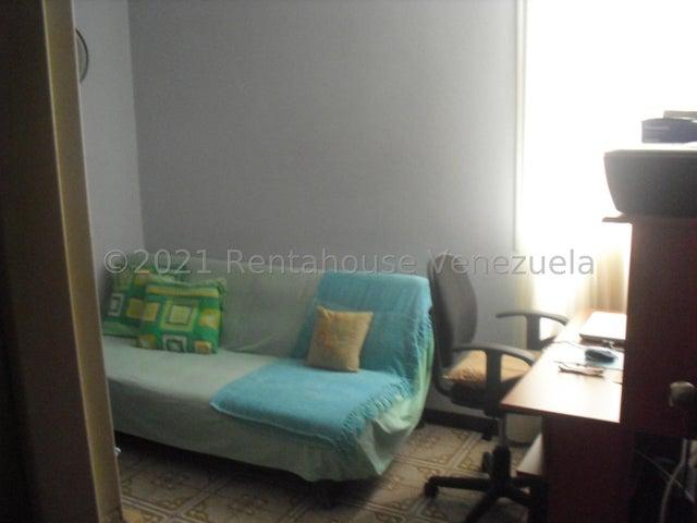 Apartamento Distrito Metropolitano>Caracas>Los Dos Caminos - Venta:45.000 Precio Referencial - codigo: 21-25847