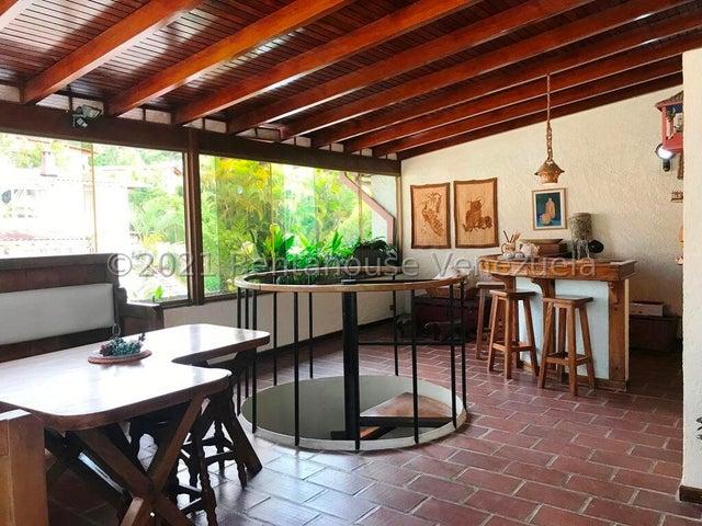 Townhouse Distrito Metropolitano>Caracas>La Boyera - Venta:160.000 Precio Referencial - codigo: 21-26032