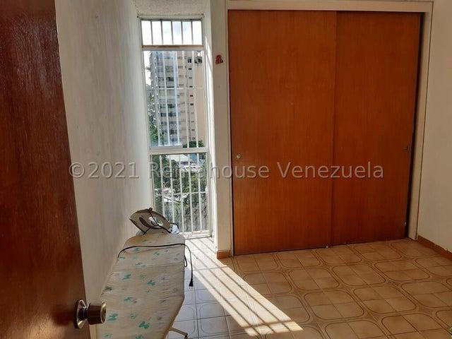 Apartamento Distrito Metropolitano>Caracas>Los Dos Caminos - Venta:48.500 Precio Referencial - codigo: 21-26301