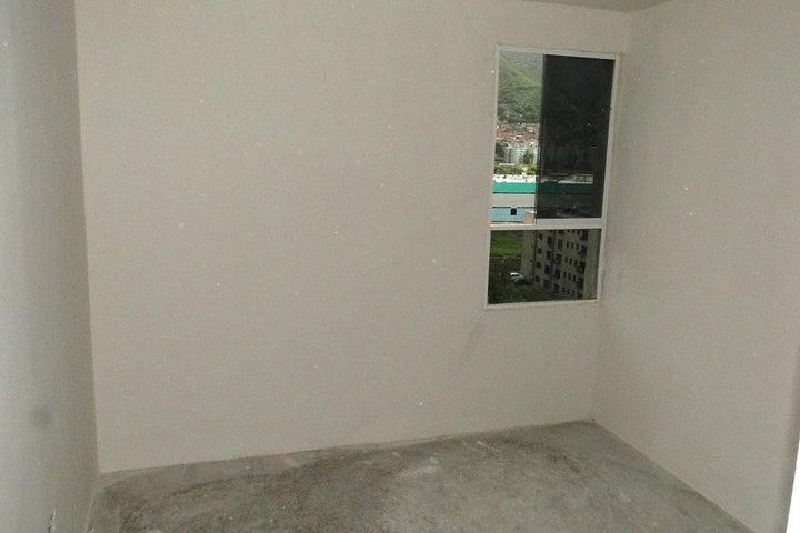 Apartamento Miranda>Guarenas>La Vaquera - Venta:17.000 Precio Referencial - codigo: 21-26475
