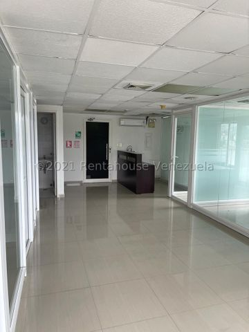 Oficina Distrito Metropolitano>Caracas>Chacao - Venta:85.000 Precio Referencial - codigo: 21-26527