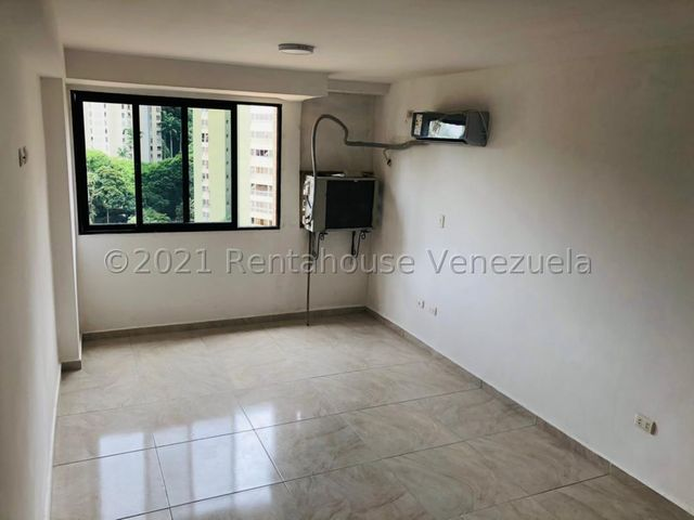 Apartamento Distrito Metropolitano>Caracas>La Boyera - Venta:35.000 Precio Referencial - codigo: 21-27525