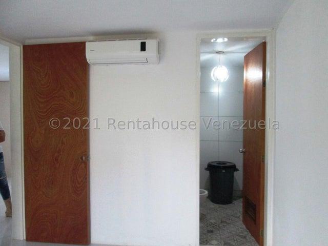Apartamento Distrito Metropolitano>Caracas>El Encantado - Venta:37.000 Precio Referencial - codigo: 21-22997