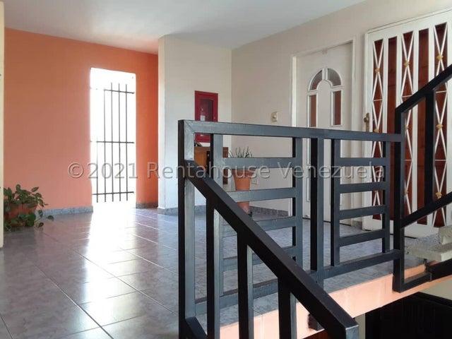 Apartamento Aragua>Turmero>Haras de San Pablo - Venta:28.000 Precio Referencial - codigo: 21-27001