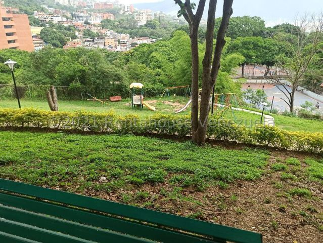 Apartamento Distrito Metropolitano>Caracas>Santa Fe Sur - Venta:64.400 Precio Referencial - codigo: 21-27709