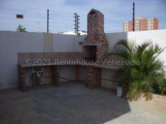 Apartamento Zulia>Ciudad Ojeda>Centro - Alquiler:150 Precio Referencial - codigo: 21-27018