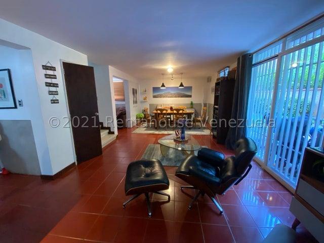 Casa Distrito Metropolitano>Caracas>Chuao - Venta:350.000 Precio Referencial - codigo: 21-27067