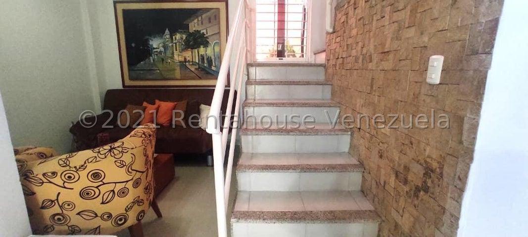 Casa Lara>Cabudare>Parroquia Cabudare - Venta:80.000 Precio Referencial - codigo: 21-27080