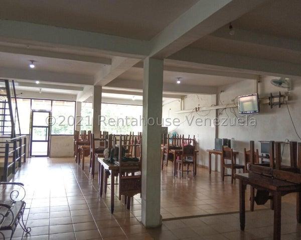 Local Comercial Carabobo>Municipio Los Guayos>Las Aguitas - Venta:45.000 Precio Referencial - codigo: 21-27194