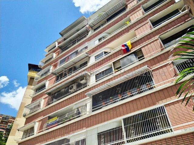 Apartamento Distrito Metropolitano>Caracas>Colinas de Bello Monte - Venta:33.000 Precio Referencial - codigo: 21-27212