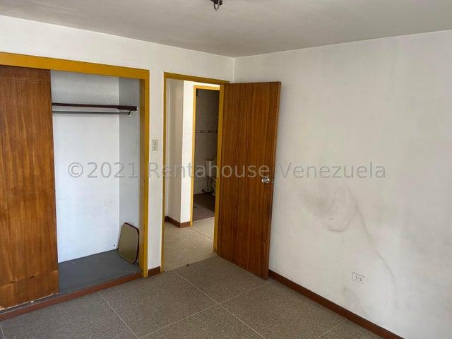 Apartamento Distrito Metropolitano>Caracas>Parroquia La Candelaria - Venta:25.000 Precio Referencial - codigo: 21-27520