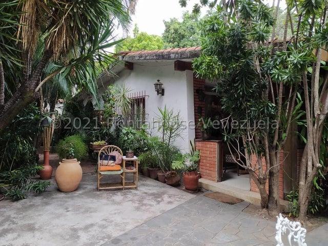 Casa Aragua>Maracay>Cantarana - Venta:250.000 Precio Referencial - codigo: 21-27285