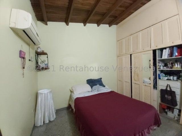 Casa Lara>Cabudare>La Mora - Venta:13.500 Precio Referencial - codigo: 21-27574