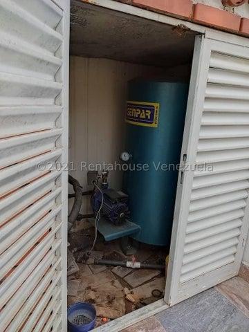 Casa Lara>Cabudare>La Piedad Norte - Venta:21.000 Precio Referencial - codigo: 21-27548