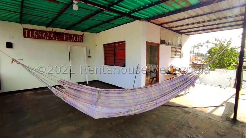 Casa Aragua>Maracay>La Coromoto - Venta:55.000 Precio Referencial - codigo: 21-27563