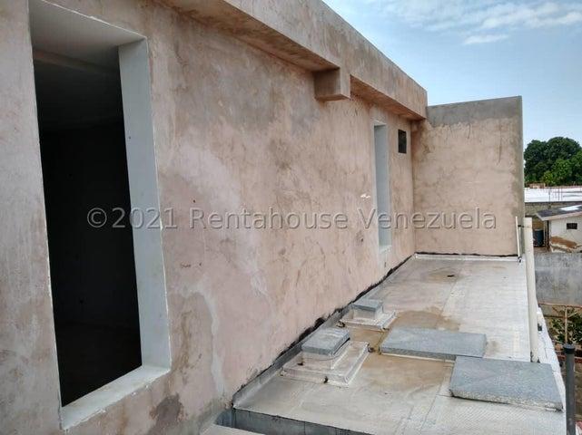 Casa Zulia>Ciudad Ojeda>Campo Elias - Venta:18.000 Precio Referencial - codigo: 21-27575