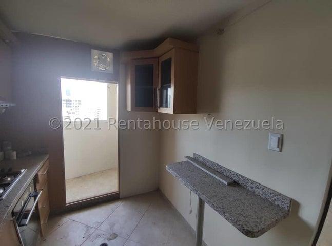 Apartamento Carabobo>Municipio Naguanagua>Ciudad Jardin Manongo - Venta:26.000 Precio Referencial - codigo: 21-27617