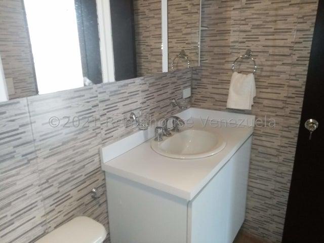 Apartamento Distrito Metropolitano>Caracas>La California Norte - Alquiler:400 Precio Referencial - codigo: 21-27614