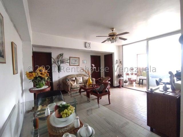 Apartamento Aragua>Maracay>Zona Centro - Venta:15.000 Precio Referencial - codigo: 21-27604