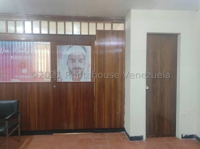 Oficina Aragua>Maracay>Calicanto - Venta:20.000 Precio Referencial - codigo: 21-27622