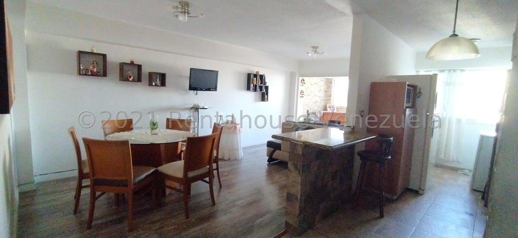 Apartamento Distrito Metropolitano>Caracas>Parroquia La Candelaria - Venta:50.000 Precio Referencial - codigo: 21-27652