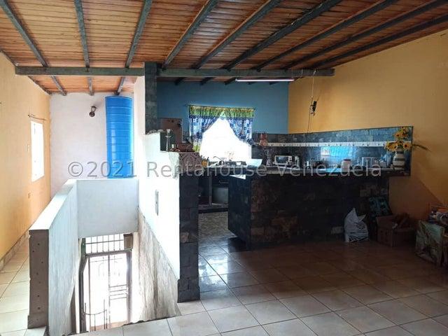 Local Comercial Aragua>Cagua>Centro - Venta:30.000 Precio Referencial - codigo: 21-27657