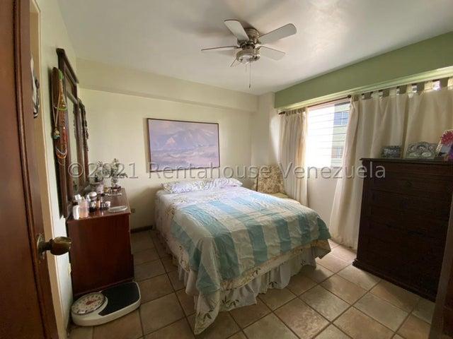 Apartamento Distrito Metropolitano>Caracas>Manzanares - Venta:70.000 Precio Referencial - codigo: 21-27635