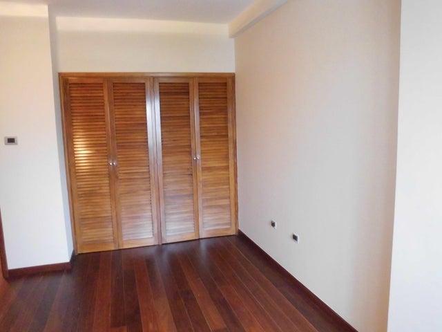 Apartamento Zulia>Maracaibo>Tierra Negra - Alquiler:800 Precio Referencial - codigo: 21-27644