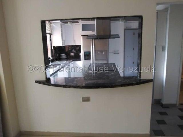 Apartamento Distrito Metropolitano>Caracas>Colinas de La Tahona - Venta:105.000 Precio Referencial - codigo: 21-27650