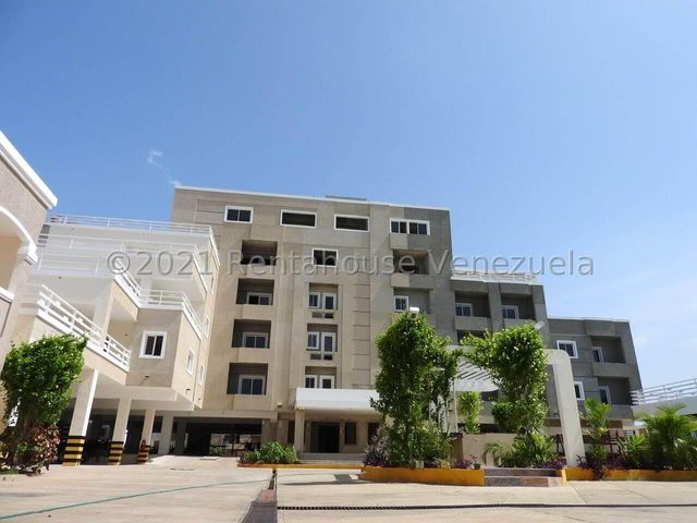Apartamento Zulia>Ciudad Ojeda>Avenida Vargas - Venta:20.000 Precio Referencial - codigo: 21-13125