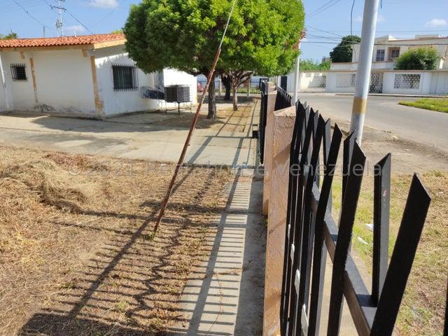 Casa Zulia>Ciudad Ojeda>Piar - Venta:120.000 Precio Referencial - codigo: 21-27661