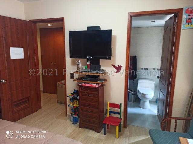Apartamento Distrito Metropolitano>Caracas>La Castellana - Alquiler:3.500 Precio Referencial - codigo: 21-27826