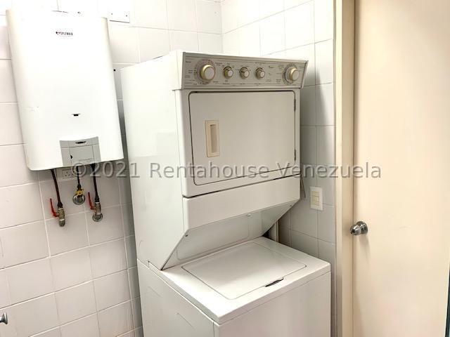 Apartamento Distrito Metropolitano>Caracas>La Tahona - Venta:260.000 Precio Referencial - codigo: 21-27875