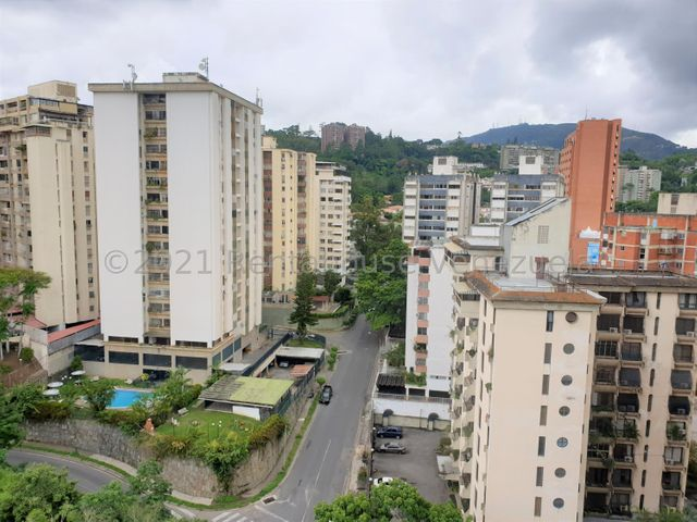 Apartamento Distrito Metropolitano>Caracas>Terrazas del Club Hipico - Venta:68.000 Precio Referencial - codigo: 21-27977