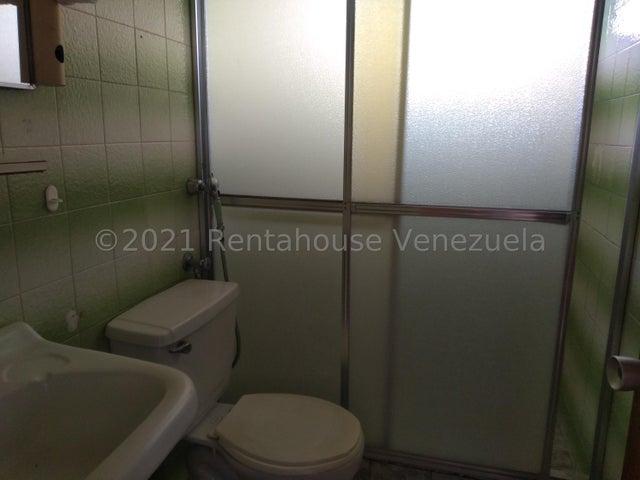 Casa Distrito Metropolitano>Caracas>Cumbres de Curumo - Venta:310.000 Precio Referencial - codigo: 21-27253