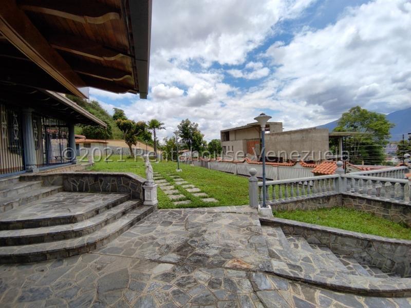 Casa Distrito Metropolitano>Caracas>Santa Paula - Venta:380.000 Precio Referencial - codigo: 22-168