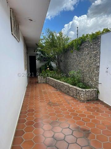Casa Distrito Metropolitano>Caracas>Colinas de Vista Alegre - Venta:95.000 Precio Referencial - codigo: 22-4620