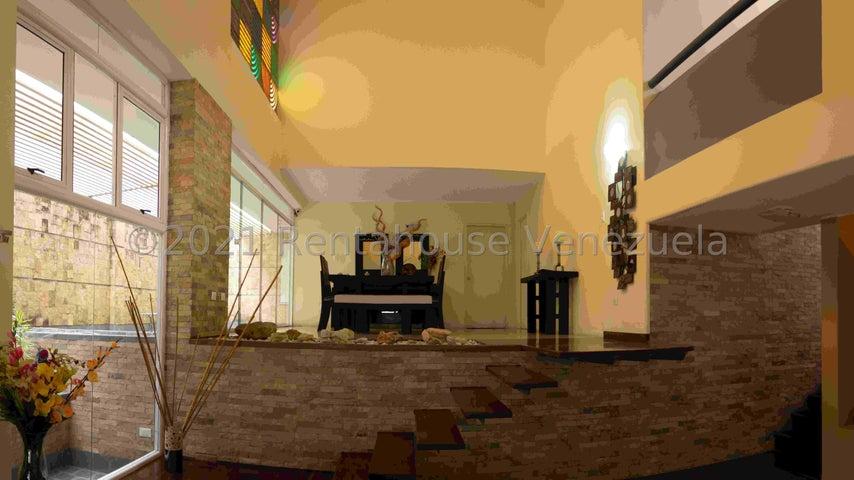 Casa Distrito Metropolitano>Caracas>San Luis - Venta:465.000 Precio Referencial - codigo: 22-703