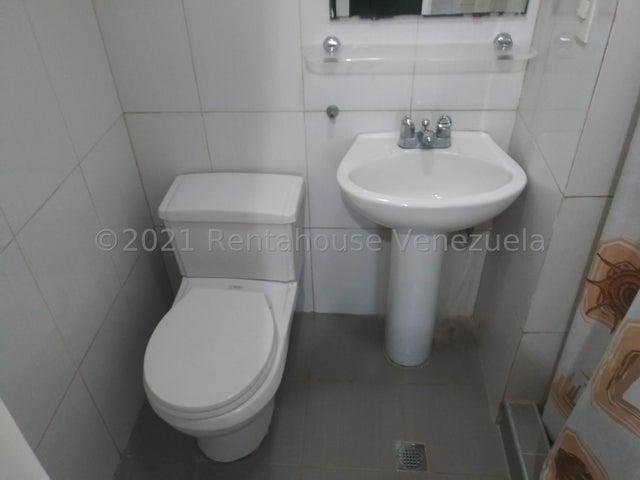 Apartamento Carabobo>Valencia>Valle Blanco - Venta:98.000 Precio Referencial - codigo: 22-1221