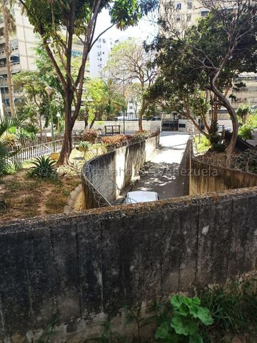 Apartamento Distrito Metropolitano>Caracas>El Valle - Venta:23.600 Precio Referencial - codigo: 22-1207