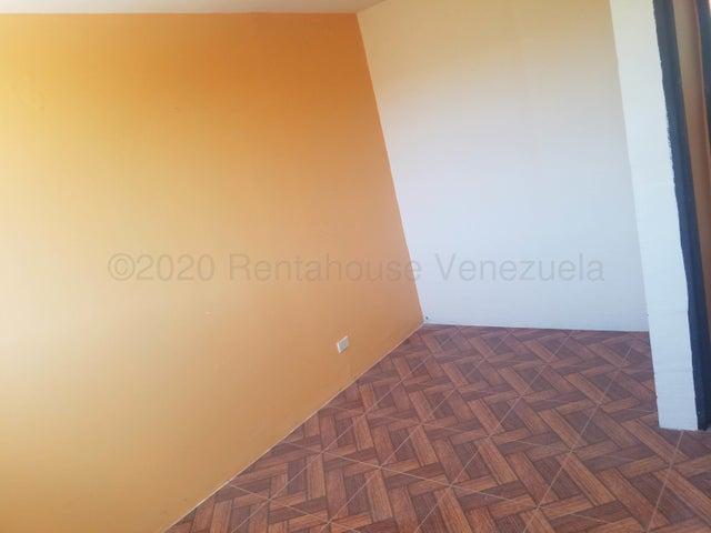 Apartamento Miranda>Cua>Industrial el Deleite - Venta:4.500 Precio Referencial - codigo: 22-1539