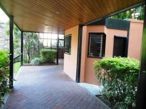 Apartamento Distrito Metropolitano>Caracas>La Alameda - Alquiler:430 Precio Referencial - codigo: 22-1672